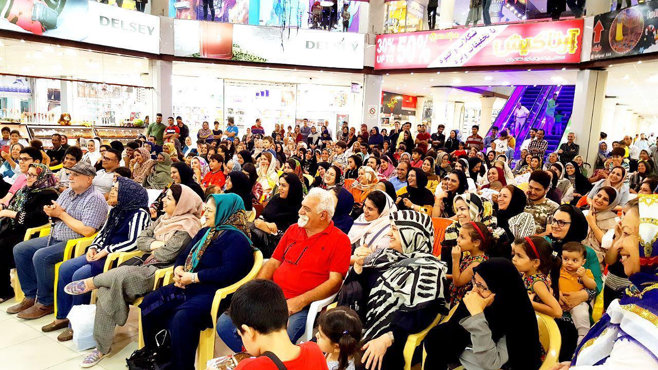 😍👌 مراسم دومین شب قرعه کشی جایزه ویژه ۱۰ میلیون ریالی بازار بزرگ ونوس کیش
